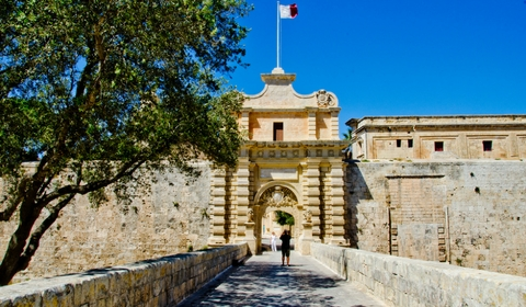 Mdina Fortifications e Main Gate