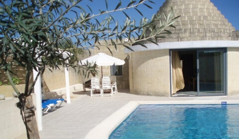 First Gozo Farmhouse: Trullo Alberobello